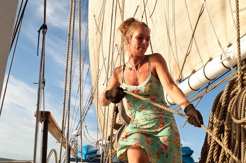 Guests get involved with sailing aboard SS Mary Anne