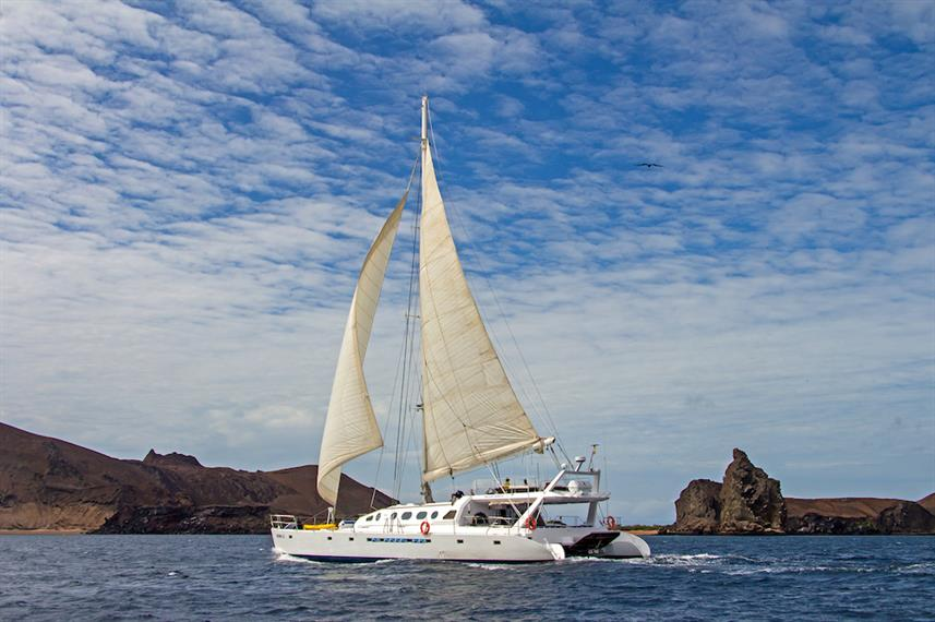 Sailing on Nemo III Catamaran Galapagos