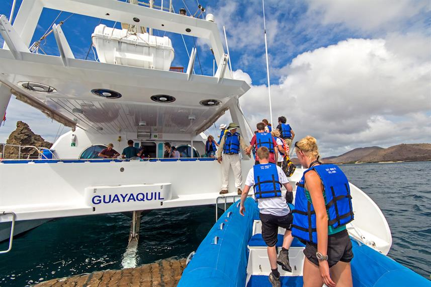 Boarding the Nemo III Galapagos