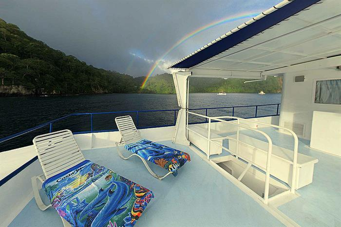 Sun deck with loungers - Nautilus Under Sea