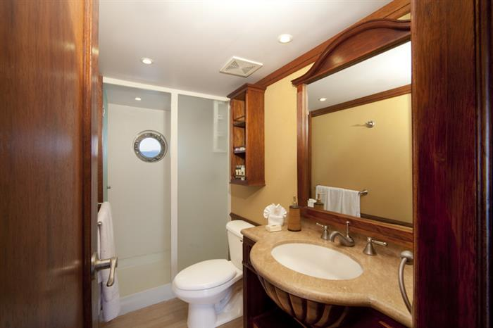 En-Suite Bathrooms - MY Grace Galapagos