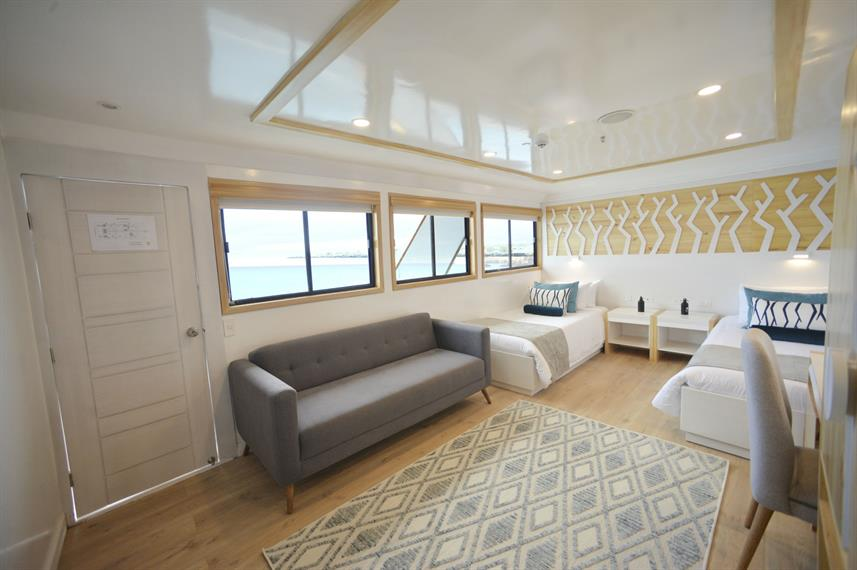 Upper Deck Cabin - Sea Star Journey