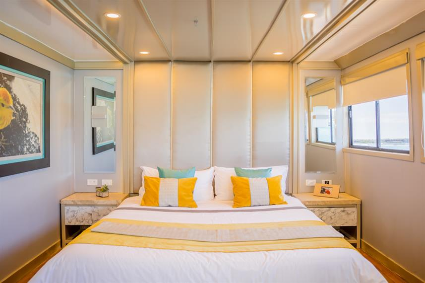 Main Deck Cabin - Sea Star Journey