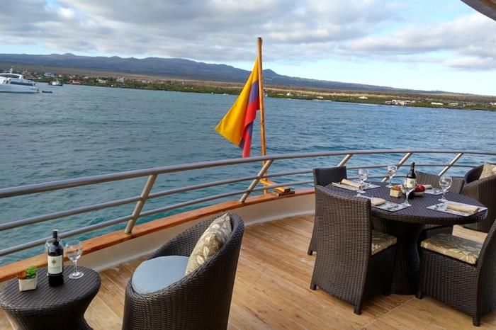 Comedor al Aire Libre - Sea Star Journey
