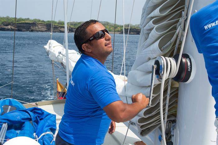 Raising the sails - The Beagle Galapagos