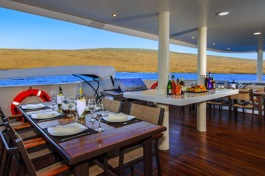 Dining Room - Treasure of Galapagos