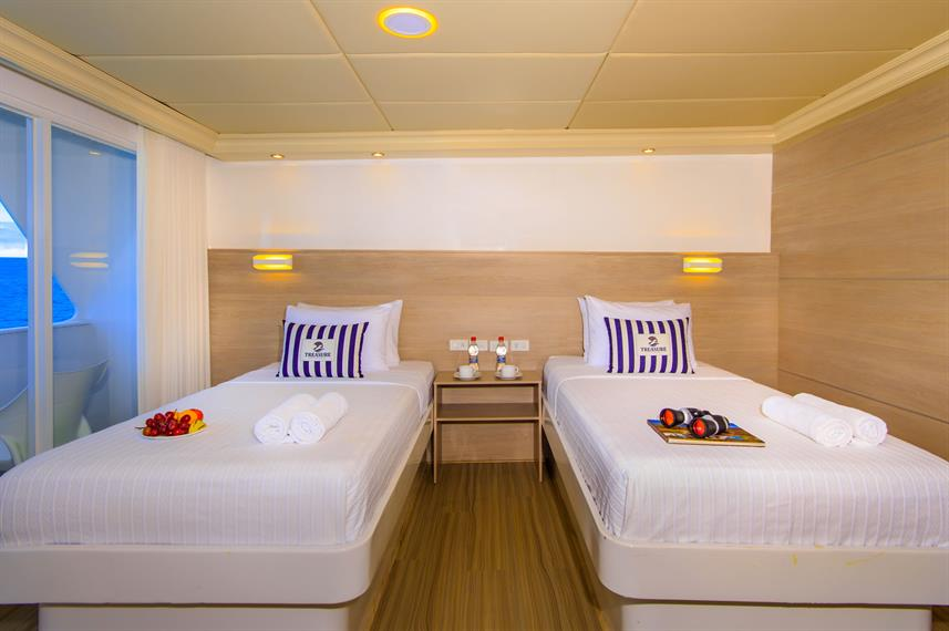 Twin Cabin - Treasure of Galapagos