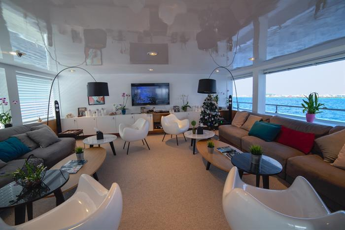 Comfortable Salon - Azalea Liveaboard Maldives