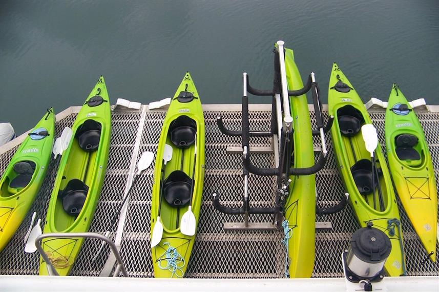 Kayak Launch - Discovery Panama