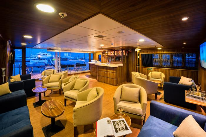 Upper Deck Lounge & Bar - M/S Panorama