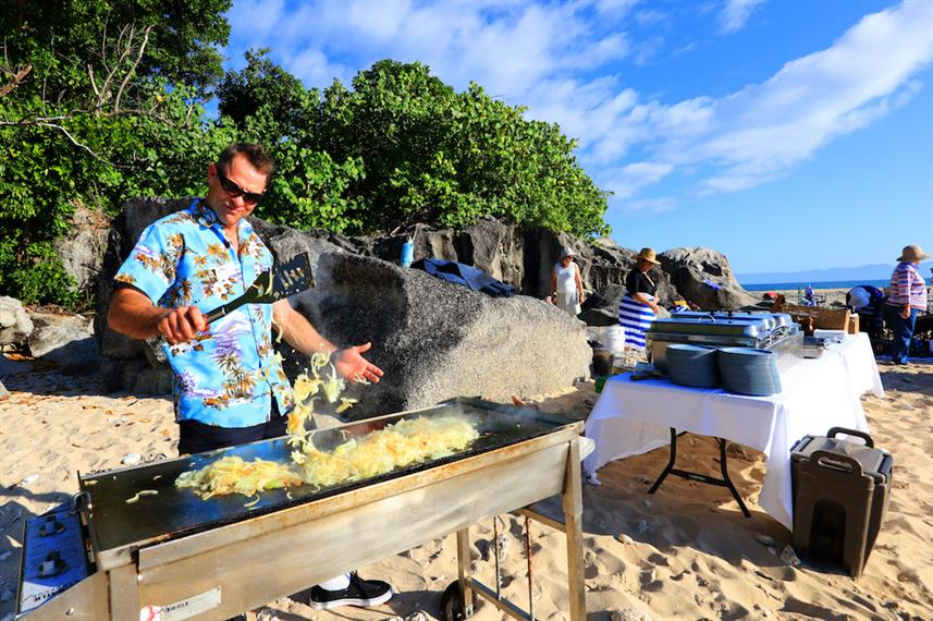 Beach BBQ - Stateroom - Coral Expeditions II