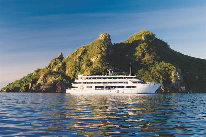 Fiji Princess at Modriki Island
