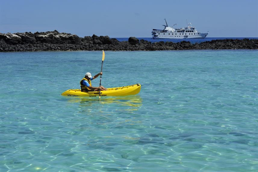 Kayaking activities - La Pinta, Galapagos