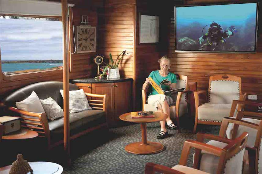 Lounge area - Coral I and II Galapagos
