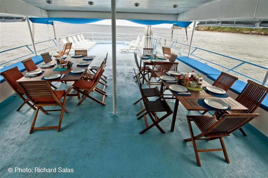 Outdoor Dining - Bahamas Master