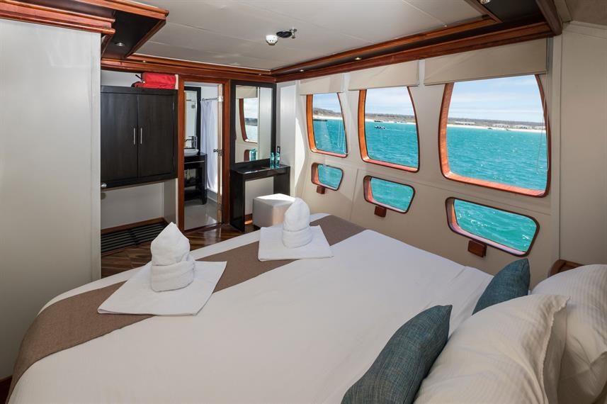 Main Deck Cabin - Majestic Explorer