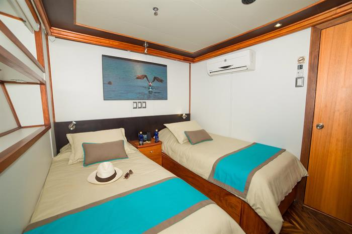 Lower Deck Twin Cabin - Majestic Explorer Galapagos