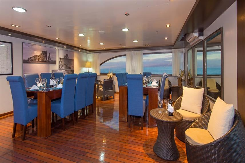 Dining room - Ocean Spray Galapagos
