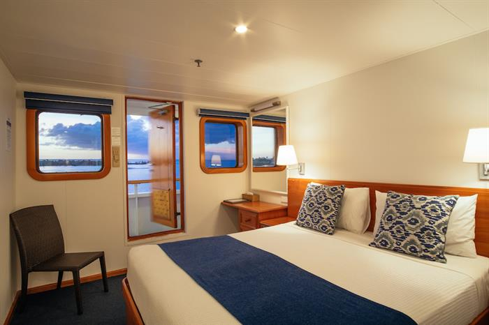Reef Endeavour Stateroom