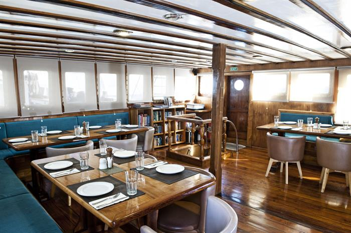Restaurant - Seahorse Liveaboard Indonesia