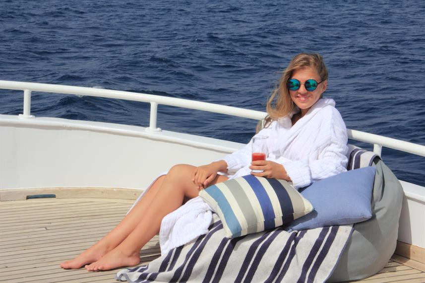Relaxing aboard the Heaven Saphir Egypt