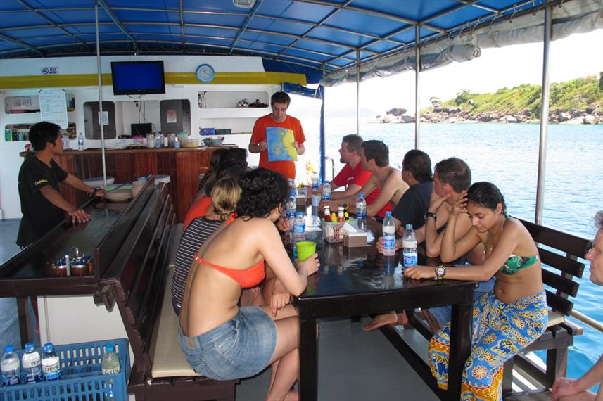 Dive Briefing - Oktavia Thailand
