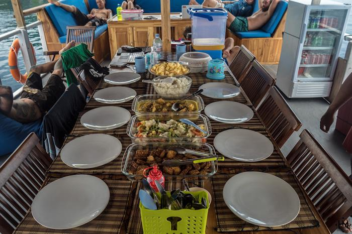 Getting ready for lunch - Ratu Laut Indonesia
