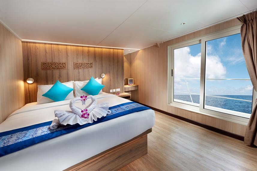 Upper deck cabin Gaia Love - Indonesia Liveaboard