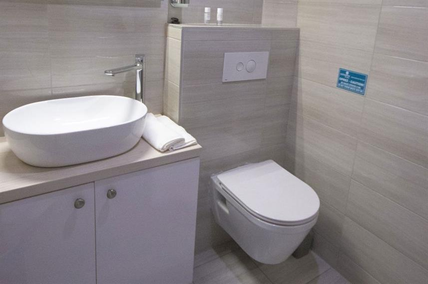 En-Suite bathrooms - San Antonio