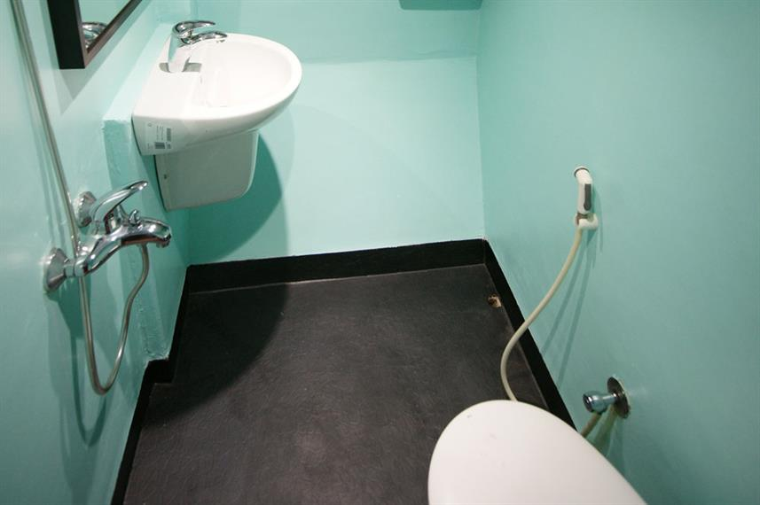 En-Suite bathrooms - Okeanos Xplorer