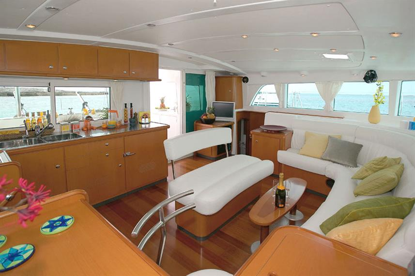 Dining Room - Anema Cruise