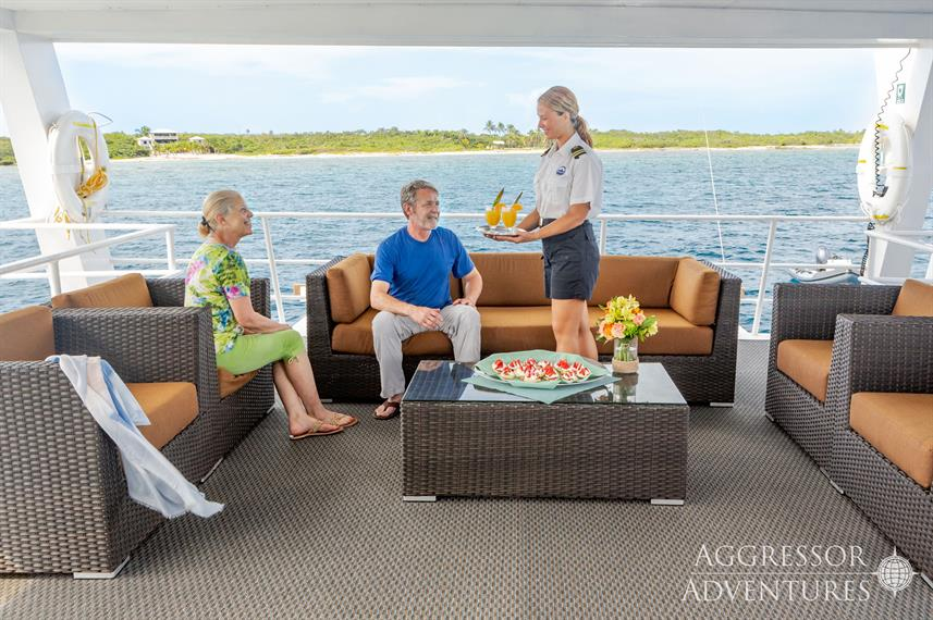 Outdoor Lounge - Cayman Aggressor V