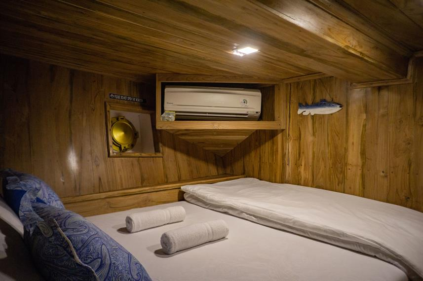 Lower Deck Cabin - Cajoma V