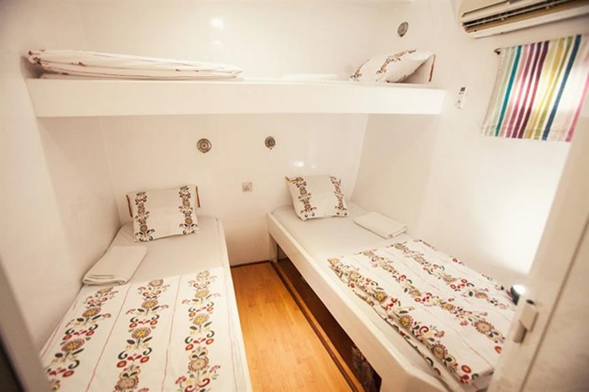 Standard Cabins - Queen of Musandam