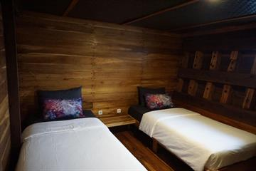 Lowerdeck Cabins