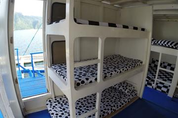 Single bunks Cabin