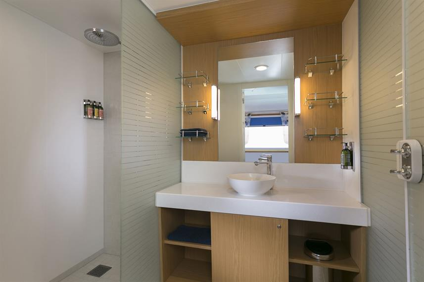 En-Suite bathrooms - Santa Cruz II