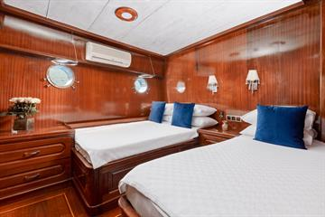 Superior Twin Cabin