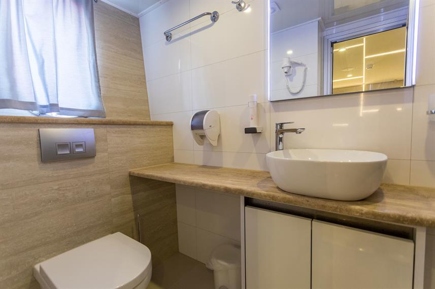 En-Suite bathrooms - Desire
