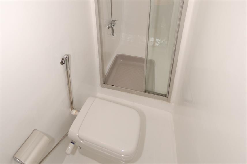 En-Suite bathrooms - Lighthouse Miracle 1