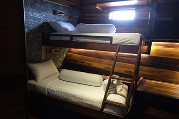 Lower Cabin Single Bed
