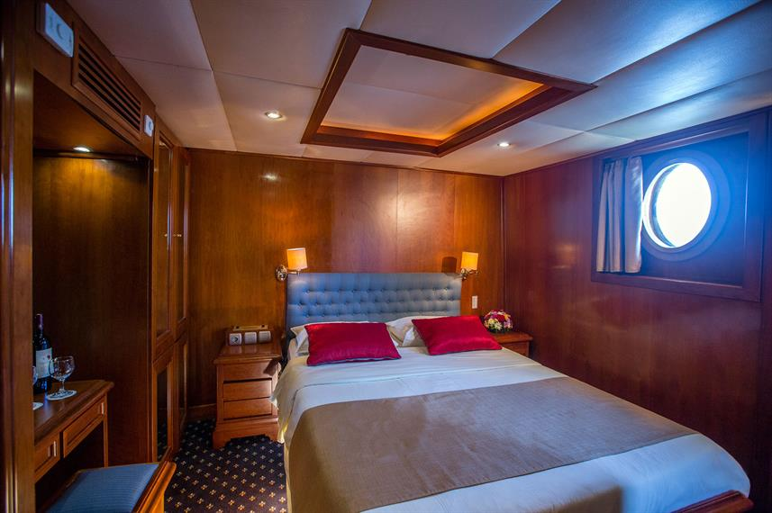 Upper Deck Cabins - Galileo