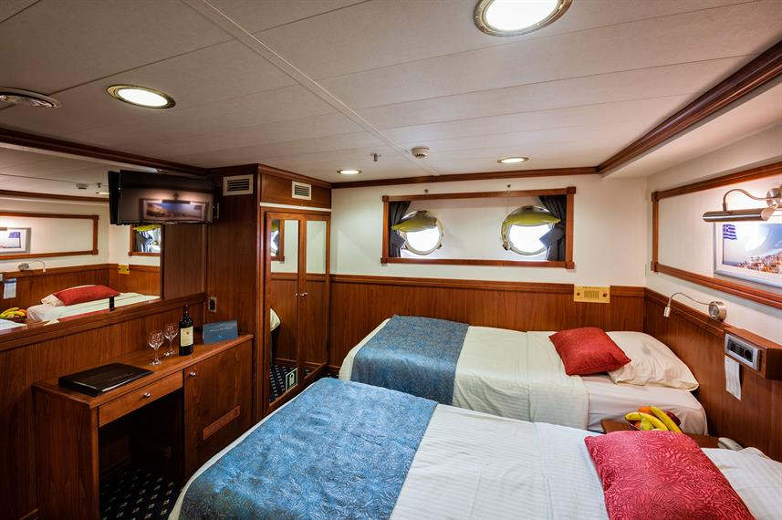 Lower Deck Cabins - Galileo